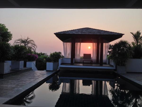 House for sale in Pattaya at SIAM ROYAL VIEW showing the sunset