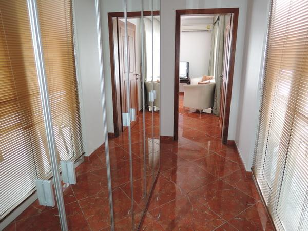 House for sale in Pattaya at SIAM ROYAL VIEW showing the second bedroom wardrobes