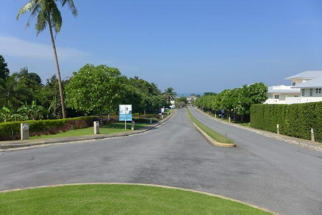 Land for sale Na Jomtien Pattaya showing the plot of lands