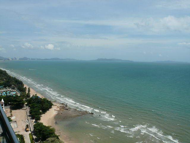 Condominium for sale on Pratumnak showing the sea view