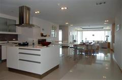 Condominium for sale in Na Jomtien showing kitchen area