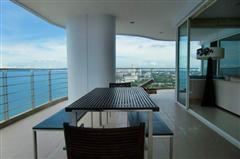 Condominium for sale in Na Jomtien showing view from large balcony