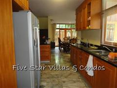 House for sale Pratumnak Pattaya showing the kitchen area