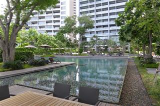 Condominium for sale at Zire Pattaya showing the communal swimming pool