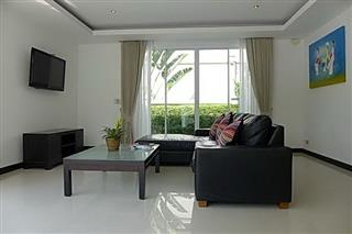 House for sale Pattaya The Vineyard Phase 1 showing the living room