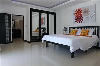 House for sale Pattaya The Vineyard Phase 1 showing the master bedroom