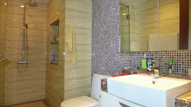 Condominium for sale in Na Jomtien showing a bathroom