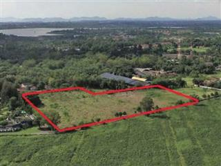 Land for sale in Pattaya showing the plot