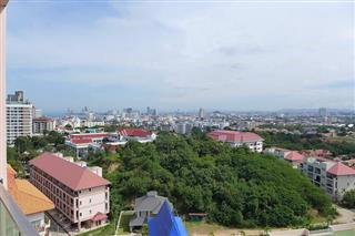Condominium for sale Pattaya showing the city view