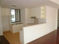 Condominium for sale in Jomtien showing the kitchen
