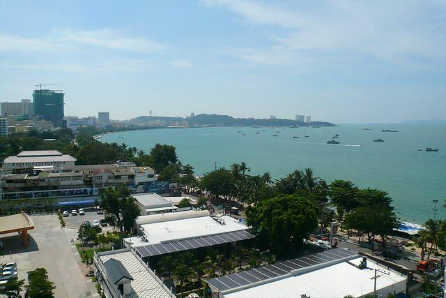 Condominium for sale in Pattaya showing the view south