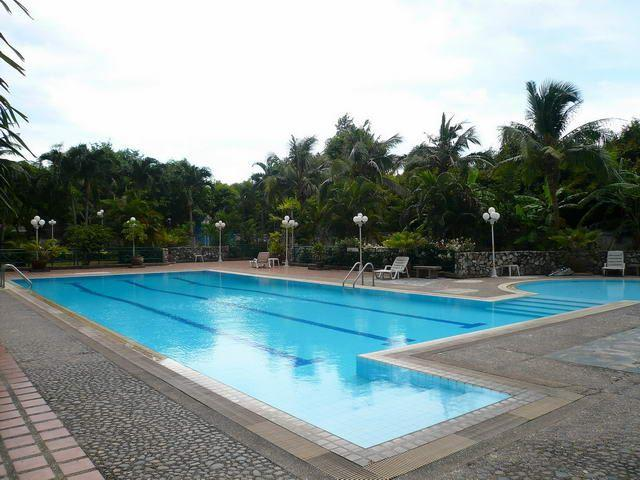 Condominium for sale in Na Jomtien showing the communal pool