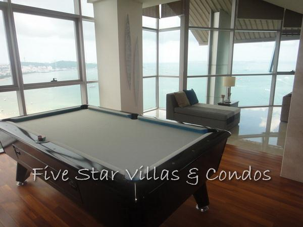 Condominium for sale on Pattaya Beach at Northshore showing an entertaining area