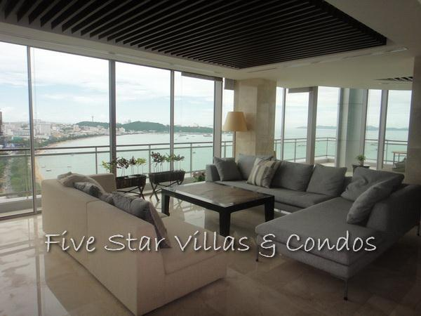 Condominium for sale on Pattaya Beach at Northshore showing a living area