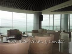 Condominium for sale on Pattaya Beach at Northshore showing sitting areas