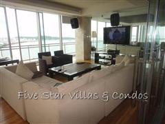 Condominium for sale on Pattaya Beach at Northshore showing the TV room