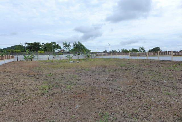 Land for sale Huay Yai Pattaya showing the aspect