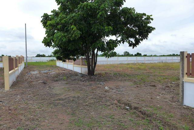 Land for sale Huay Yai Pattaya showing the building plots available