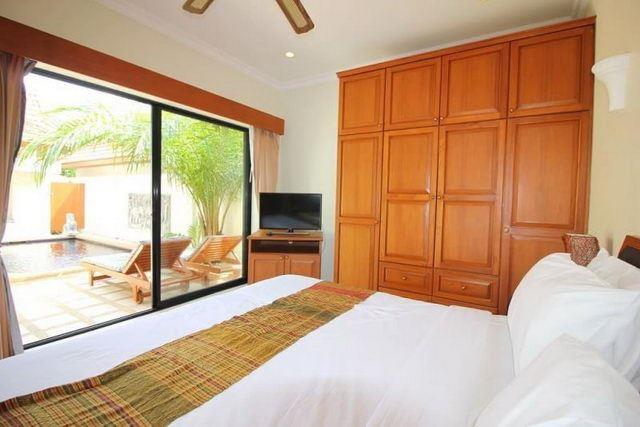 House for sale Jomtien showing the master bedroom with pool view