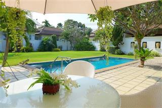 House for sale East Pattaya showing the poolside terrace and garden