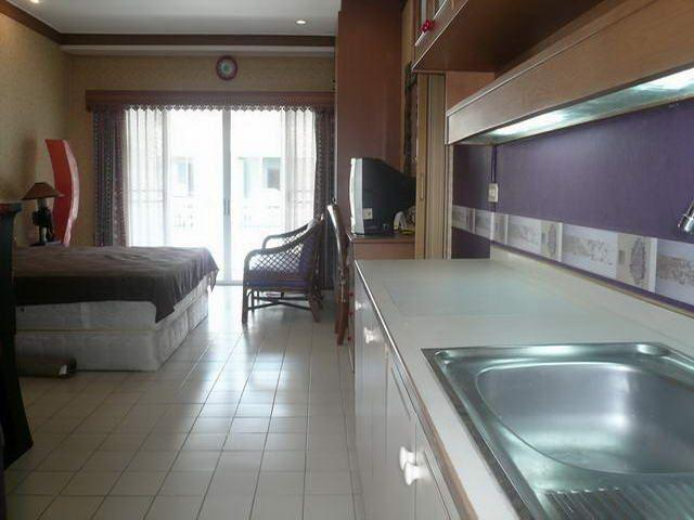 Condominium for sale in Jomtien looking from the kitchen