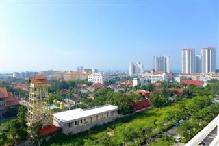 Condominium for sale Jomtien showing the balcony view