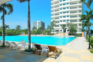 Commercial unit for sale Jomtien Beach showing how to relax after work