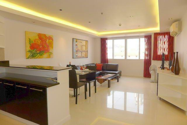 Condominium for sale Pattaya showing the open plan concept
