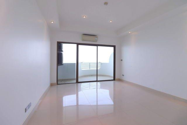 Condominium for sale Ban Amphur showing the bedroom