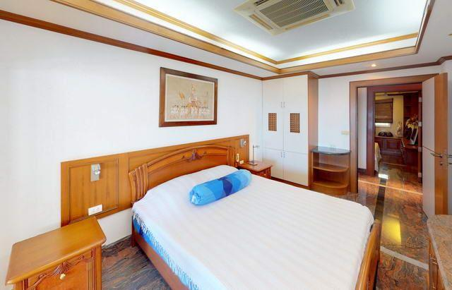 Condominium for sale Ban Amphur showing the second bedroom suite