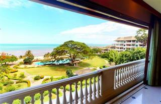 Condominium for sale Ban Amphur showing the balcony view