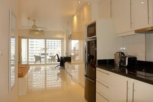 Condominium for sale Jomtien looking from the kitchen