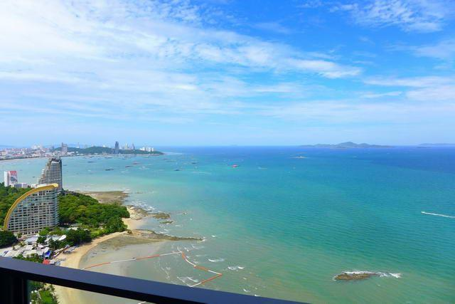 Condominium for sale Wong Amat showing the balcony view