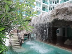 Condominium for rent in Jomtien AMAZON RESIDENCE showing the waterfall and swimming pool