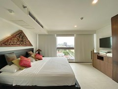 Condominium for rent in Northshore Pattaya Beach showing the master bedroom