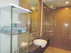 Condominium for sale Womgamat Beach Pattaya showing the