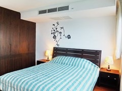 Condominium for sale Northshore Pattaya showing the bedroom suite