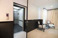 Condominium for sale Pratumnak Pattaya showing the private elevator