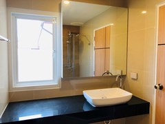 House for rent Huay Yai Pattaya showing a bathroom