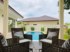 House for rent Huay Yai Pattaya showing the terrace