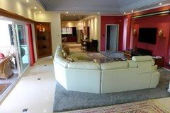 House for rent Jomtien showing the open plan