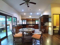 House for rent Mabprachan Pattaya showing the dining and guest bathroom