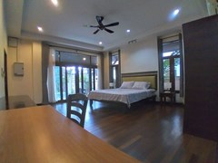 House for rent Mabprachan Pattaya showing the master bedroom with office area