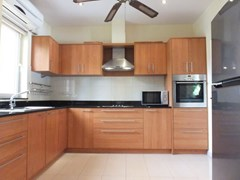 House for rent Pattaya at Siam Royal View showing the kitchen