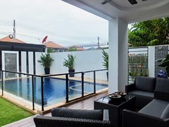 House for rent South Pattaya showing the covered terrace