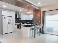 House for rent South Pattaya showing the European kitchen