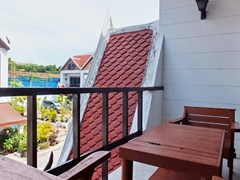 House for rent Pratumnak Pattaya showing the balcony