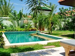 House for rent View Talay Villas Jomtien Pattaya showing the private pool