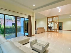 House for rent East Pattaya showing the first living area