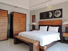 House for sale at Bangsaray Pattaya showing the master bedroom